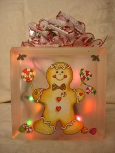 Mini Gingerbread Decorated Glass Block by Sandiescreations on Etsy ~ Design idea for felt g-bread boy decor. Gingerbread Crafts, Gingerbread Decorations, Christmas Gingerbread, Christmas Decorations, Painted Glass Blocks, Decorative Glass Blocks, Lighted Glass Blocks, Painted Bottles, Christmas Projects