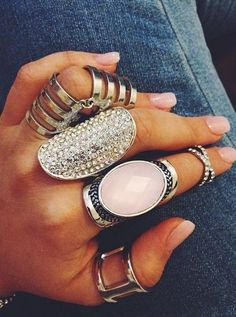 I usually don't like this ring on every finger business, but this is kinda cute.maybe take away the one on the ring finger. Boho Jewelry, Jewelry Accessories, Fashion Accessories, Fashion Jewelry, Jewlery, Chunky Jewelry, Delicate Jewelry, Bling Jewelry, Style Fashion