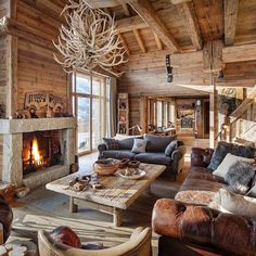 Great Fireplace for Great Room - Luxury Ski Chalet Meribel, France. Photo:©Leo Trippi Adore this cosy log cabin! Would be the perfect place to come back to after a day on the slopes. Chalet Chic, Chalet Style, Cabin Chic, Cozy Cabin, Chalet Design, Cabin Homes, Log Homes, Chalet Meribel, Chalet Interior