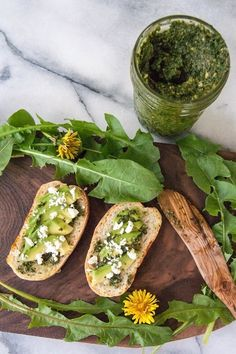 This delicious dandelion pesto recipe will help you turn your weeds into dinner. Dandelion Pesto Recipe, Dandelion Recipes, Raw Food Recipes, Cooking Recipes, Healthy Recipes, Herb Recipes, Gf Recipes, Kitchen Recipes, Pavlova