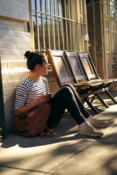 stripey T-shirt, black skinnies, messy bun and dirty converse. I basically do this outfit already