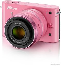 Pink Nikon...Smile! Christmas pictures!! #lillyholiday