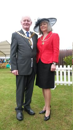 Spotted strolling around the showground was Chairman of Lincolnshire County Council, Cllr Bill Aron, with his lovely and very chic Lady, Amanda Job. This is elegance personified - we love your style!