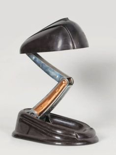 "JUMO Lampe dite ""bolide"" - Streamline"