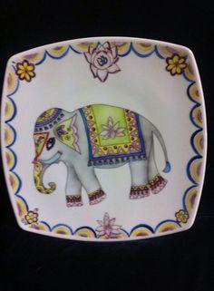 Elefante, decal-calco y handPainting-pintado a mano, Elin porcelana
