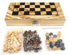 Игра настольная 3в1 Шахматы, шашки, нарды  — 585 руб.  —  Данный набор представляет собой расширенную версию своего предшественника. Теперь он сочетает в себе такие игры, как шахматы, шашки и нарды.Это компактное и оптимальное сочетание 3 игр в одной упаковке. С таким арсеналом ребенок точно найдет чем себя занять не только ради развлечения, ведь играя в подобного рода настольные игры развивается внимательность, память и логика.Покупка комплекта станет удачным приобретениеим, если родители…