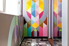 Interieur trend:geometrische vormen op de muur.15 inspirerende voorbeelden - More wallpaper and interior wall inspiration and tips on Dutch weblog www.stylingblog.nl