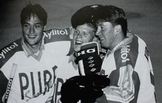 Teemu Selanne, Saku Koivu, Jari Kurri. Originally from Jukka and Tuire Koivu's photo album