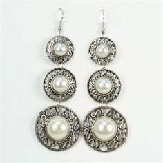 Shop for trendy fashion jewelry at TheTrendyJewelryShop.com.  FREE shipping on orders over 25 dollars!