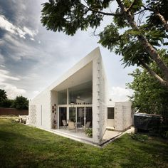 CSC House by MMX