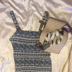 Brandy Melville dress! This dress has a beautiful back with cute detail! It is 70% cotton and 30% polyamide-nylon. Sorry no trades! Brandy Melville Dresses Mini