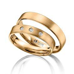 Varianta din aur roz a modelului de verighete ATCOM ATC14 se deosebeste prin finisajele elegante de tip mat satin. Love Bracelets, Cartier Love Bracelet, Bangles, Wedding Bands, Engagement Rings, Worms, Jewelry, Diamond, Watches