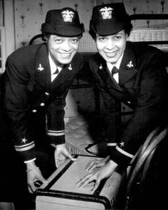 lieutenant  harriet ida pickens & ensign frances wills, the first black waves to be commissioned. (12.21.1944) #memorialday