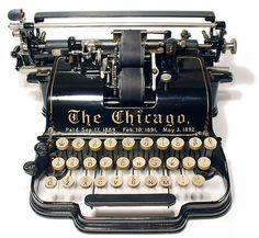 I'm considering having this be Liesel's typewriter. [The Chicago typewriter - Vintage Design, Vintage Love, Retro Vintage, Vintage Items, Vintage Tools, Vintage Cameras, Vintage Beauty, Vintage Office, Vintage Home Decor