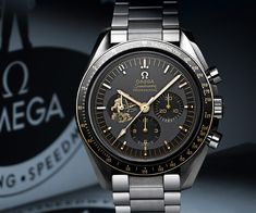 The race to become NASA's official Moonwatch was almost as brutal as the space race between the world's two eminent super powers at the time. 50 years on and six Apollo moon landings later, Omega Speedmaster Moonwatch, Omega Seamaster, Apollo 11, Luxury Watches, Rolex Watches, Cool Watches, Watches For Men, Engraved Plates, Couple Watch