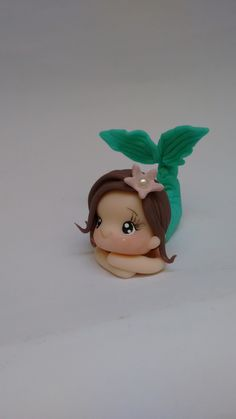 Polymer Clay Projects, Polymer Clay Creations, Clay Crafts, Homemade Polymer Clay, Polymer Clay Disney, Mermaid Birthday Cakes, Mermaid Cakes, Diy Ooak Doll, Fairy Tale Crafts