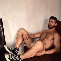Gregory Nalbone (instagram.com/gregorynalbone)