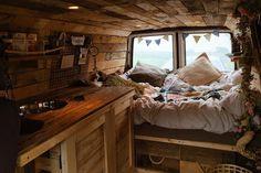 Vanlife. Ein Synonym für Freiheit, für Wanderlust, für Abenteuerlust. In dem Artikel verrate ich euch die schönsten DIY-Camper auf Instagram.