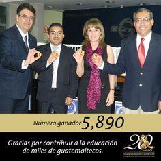 Ganador de la Gran Rifa Pro-Alfabetización 2013 de la Fundación Ramiro Castillo Love #FRCL #Institucional #BancoIndustrial