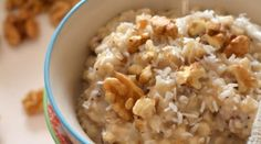 Vegetable porridge with oatmeal, nuts and coconut - Juliette& recipes - - Breakfast Snacks, Breakfast Time, Healthy Breakfast Recipes, Healthy Cooking, Healthy Snacks, Healthy Recipes, Protein Shake Diet, Food Inspiration, Sweet Recipes