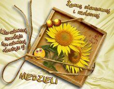 Kto uśmiech rozdaje ten uśmiech dostaje :) Życzę słonecznej i radosnej Niedzieli #niedziela Origami, Tableware, Humor, Facebook, Blog, Bonjour, Polish, Pictures, Humour