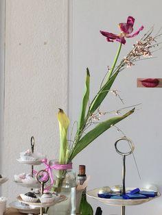 Alles schöne hat ein Ende. Auch die Veronika- Workshops enden Mitte März 2016 Workshop, Glass Vase, Home Decor, Nice Asses, Ideas, Atelier, Decoration Home, Room Decor, Interior Design