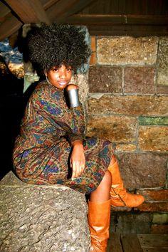 Pretty natural hair style. African-American hair.