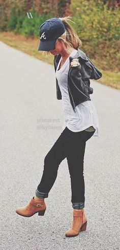 1000+ ideas about Baseball Cap Outfit on Pinterest | Black Shoulder Bag Baseball Caps and ...