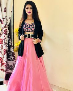 Arshifa Khan HD Photos And Mobile Wallpapers, Hot Pics Indian Wedding Gowns, Indian Gowns Dresses, Choli Designs, Lehenga Designs, Blouse Designs, Mehndi Designs, Indian Designer Outfits, Designer Dresses, Stylish Dresses