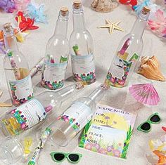 Invitations in a bottle, find how it's done on the baby-shower-Luau-theme