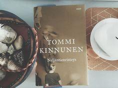 TOMMI KINNUNEN : NELJÄNTIENRISTEYS & LOPOTTI