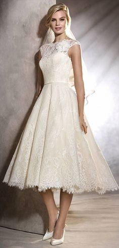 Pronovias 2017 vintage inspired wedding dress