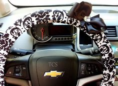 Black and White Damask Steering Wheel Cover with Bow $22 www.etsy.com/shop/TurtleCoveStudio