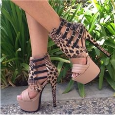 Shop Striking Contrast Color Leopard Grain Cut-Outs Dress Sandals on sale at Tidestore with trendy design and good price. Come and find more fashion High Heel Sandals here. Hot Shoes, Crazy Shoes, Me Too Shoes, Shoes Heels, Frauen In High Heels, Sexy High Heels, Talons Sexy, Online Shopping Shoes, Shoes Online