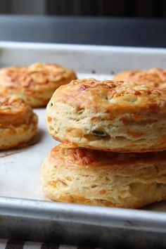 By layering and folding the cheese into the dough, à la puff pastry, Chef John gets all the cheesy flavor without making the biscuit too dense. Flakey Biscuits, Tea Biscuits, Best Italian Recipes, Irish Recipes, Spanish Recipes, Irish Bread, Baking Scones, Bread Recipes, Honey