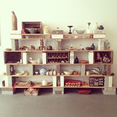 shelves + cinder block I'm so going to do this!!! Like tomorrow!