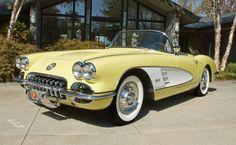 1958 Chevrolet Corvette | Love the color choices for the Corvettes in that era.