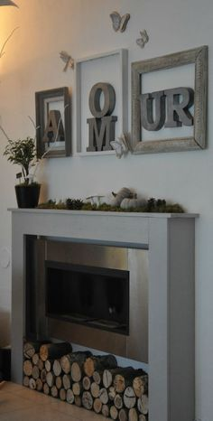 11 idées de cadres magnifiques à tester chez vous - Home Fireplace, Deco, Room Decor, House Interior, Diy Home Decor, Home, Interior, Home Deco, Home Decor