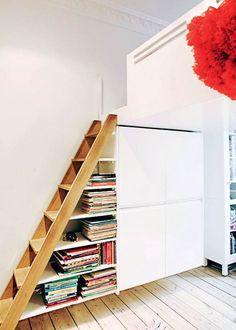 Da Katja Rehfeldt, Kresten Palm og deres to børn flyttede fra en villa på 250 kvadratmeter i Odense til en lejlighed på 96 kvadratmeter på Vesterbro i København, blev hver eneste kvadratmeter udnyttet, takket være Krestens baggrund som møbelsnedker.