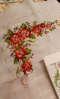 Cross Stitch Flowers, Cross Stitch Patterns, Cross Stitching, Embroidery, Rose, Color, Cross Stitch Love, Cross Stitch Rose, Cross Stitch Borders