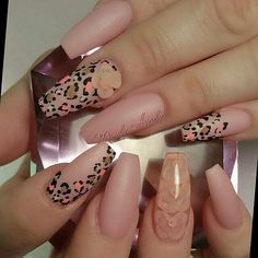 ♥nude claws with bling❤️