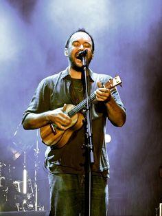 Dave Mathews of the Dave Mathews Band plays #ukulele