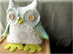Needle and Nest Design: recent 'hatchings' from the nest: Stuffed Owl Doorstop Owl Fabric, Fabric Crafts, Sewing Crafts, Sewing Projects, Sewing Ideas, Owl Doorstop, Nest Design, Creative Textiles, Owl Always Love You