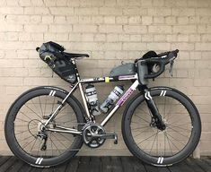 Final tweaking before eating everything and attempting sleep. Let's see how good this set up looks a couple of weeks from now. Big thanks… Custom Cycles, Custom Bikes, Road Cycling, Cycling Bikes, Mtb, Bikepacking Bags, Touring Bicycles, Old Bicycle, Commuter Bike