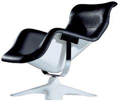 Finnish designer Yrjö Kukkapuro Karuselli The most comfortable chair I've ever sat in Carrousel, Alvar Aalto, Marimekko, Marmite En Fonte, Chair Design, Furniture Design, Fancy Chair, Muuto, Dining Chair Slipcovers