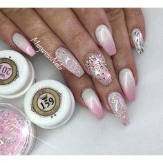 🌸💕🌸💕 @vetro_usa #nails #gelnails #ombre #coffinnails #MargaritasNailz #nailart #ombrenails #valentinobeautypure #nailaddict #teamvalentino #dopenails #nailswag #instanails #nailstagram #pink #vetrogel #nailpromagazine #summernails #nailsofinstagram #nails
