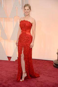 Rosamund Pike in custom Givenchy #Oscars