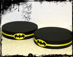Batman Stands - Lollipops or Cakepops Stands - Batman Party Decoration - Batman inspired Party Decoration - SET OF 2 Disney Cars Birthday, Batman Birthday, Superhero Birthday Party, Boy Birthday Parties, Batman Party Decorations, Lego Batman Party, Minnie Mouse Cookies, Party Characters, Super Hero Costumes