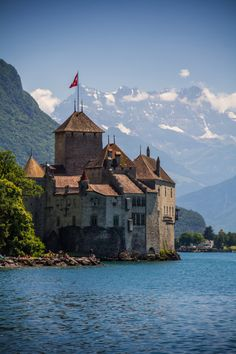 Chateau de Chillon, Lake Geneva, Vaud, Switzerland