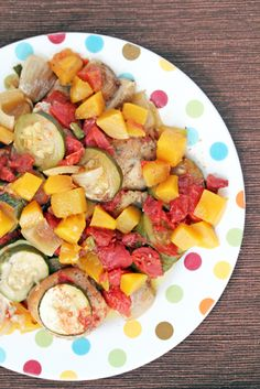 Slow Cooker Mango Chicken ~ a delicious and healthy dinner recipe that is also budget friendly Paleo! | 5DollarDinners.com